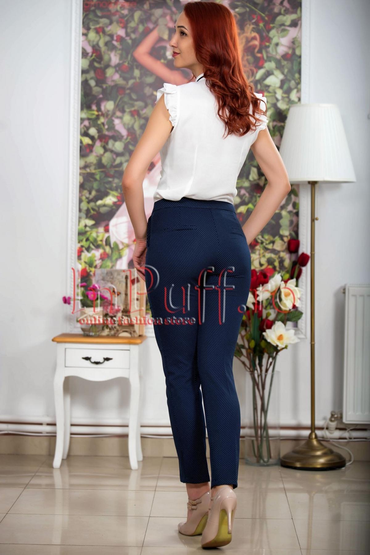 Pantaloni conici bleumarin cu buline mici albe