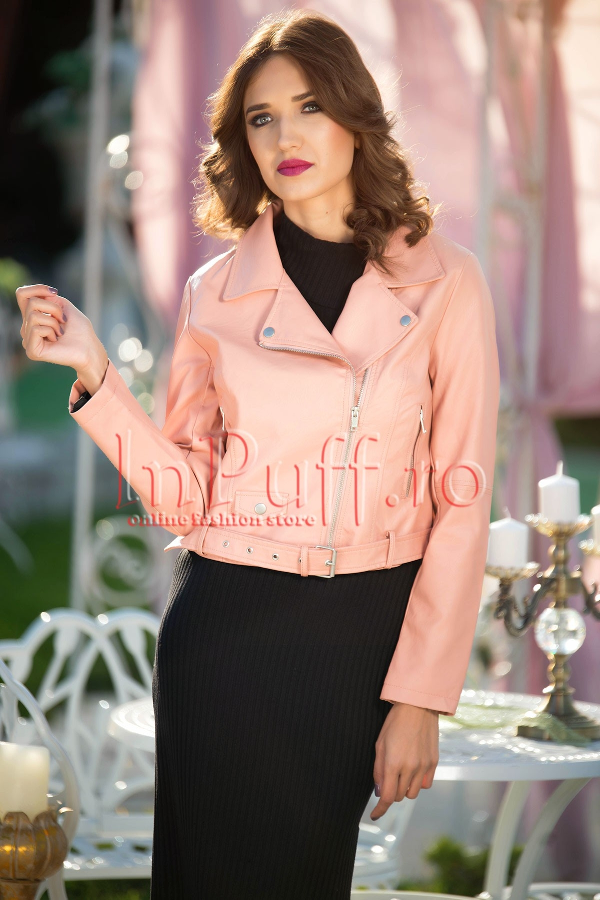 Jacheta scurta din piele ecologica roz pudra thumbnail