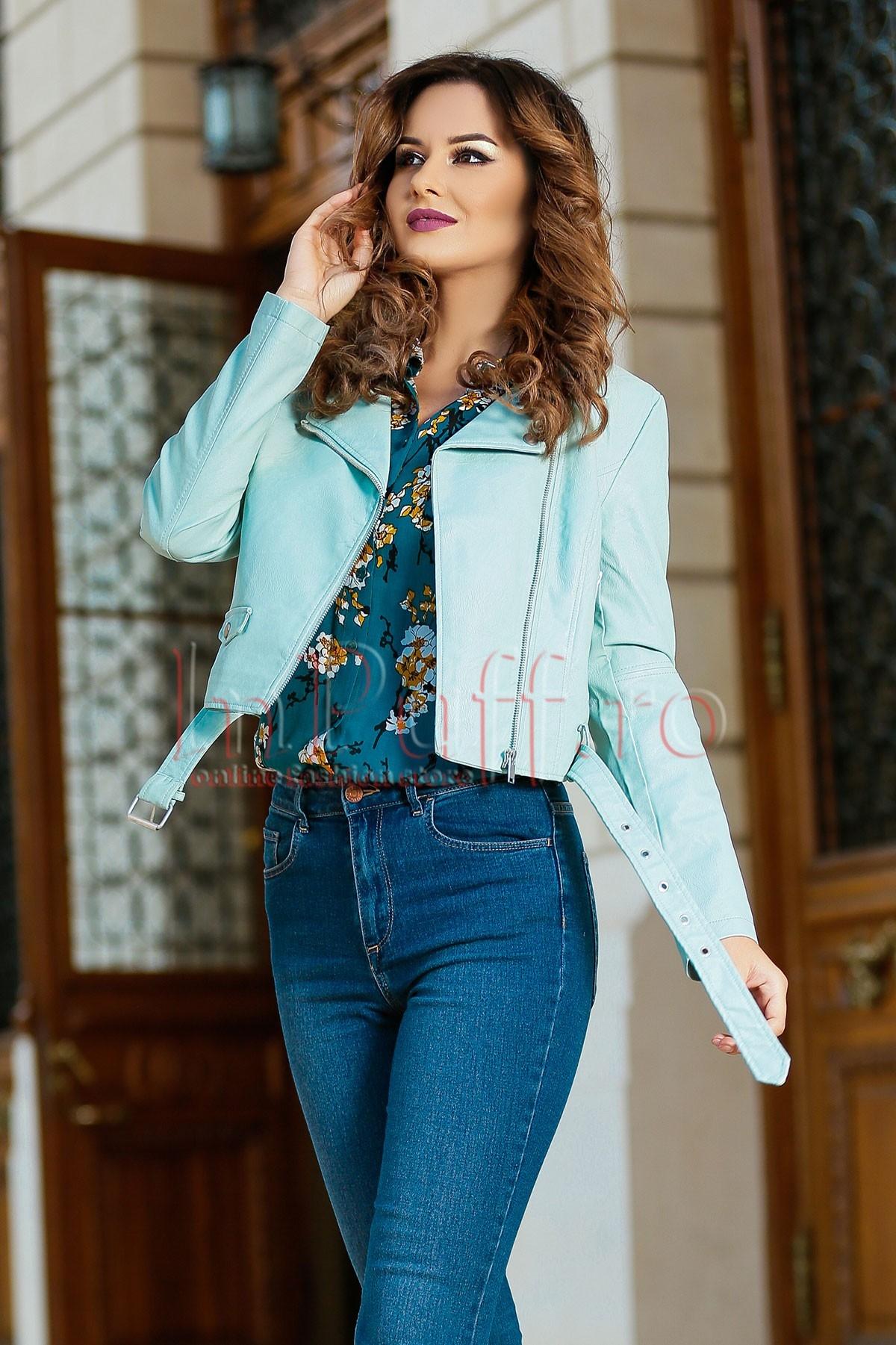 Jacheta bleu scurta din piele ecologica