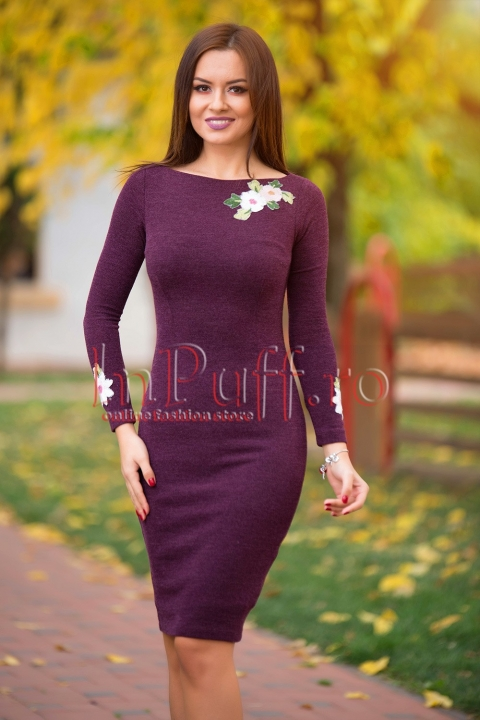 Rochie mov de zi din tricot cu broderie florala