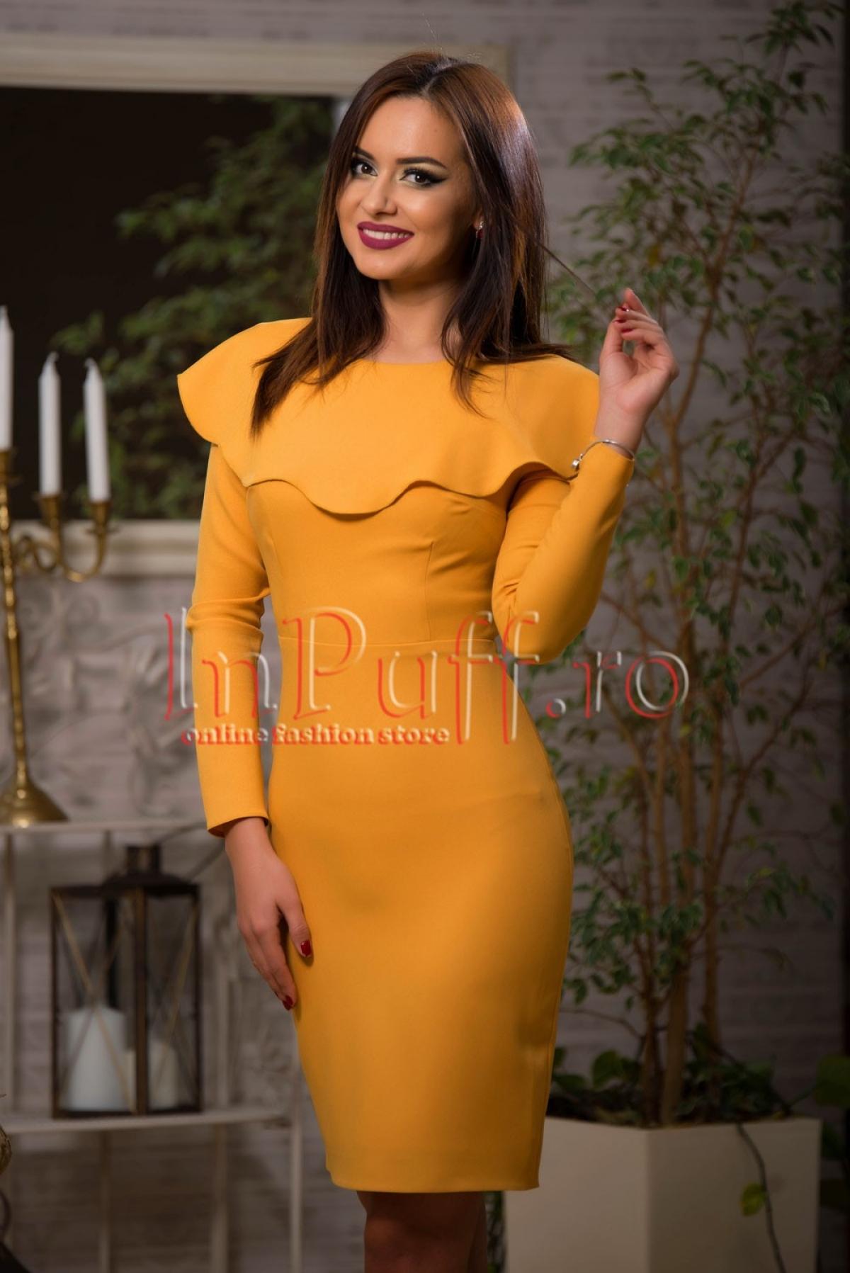 Rochie eleganta galben mustar cu volan amplu