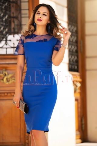 Rochie eleganta albastra din triplu voal cu insertie din dantela