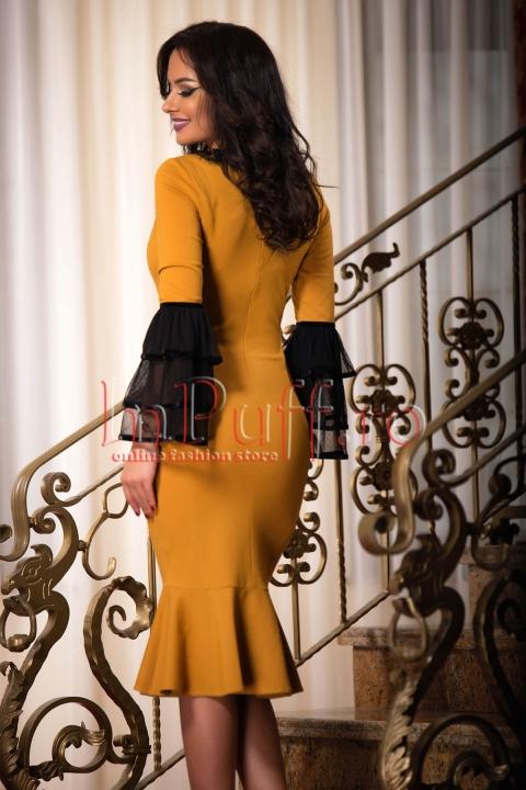 Rochie midi galben mustar cu volane negre
